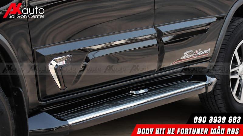 ốp hông Body kit Fortuner RBS