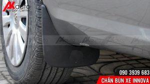 Akauto lắp chắc bùn hốc bánh ô tô innova