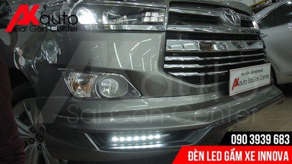 đèn led gầm xe innova tăng sáng