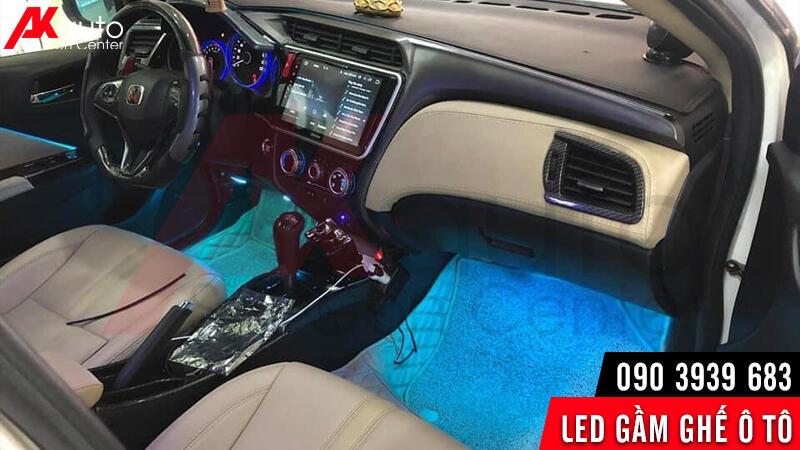 led gầm ghế ô tô làm đẹp
