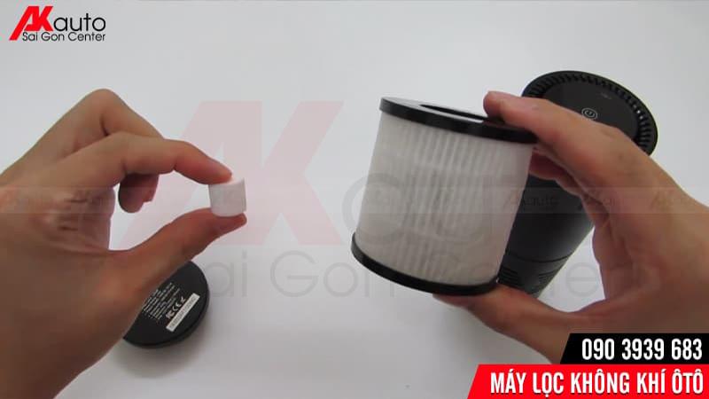 thay thế bộ lọc không khí ô tô