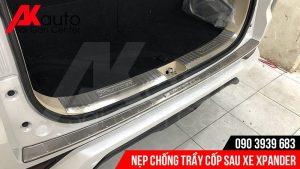 lắp nẹp chống trầy cốp xe xpander hcm