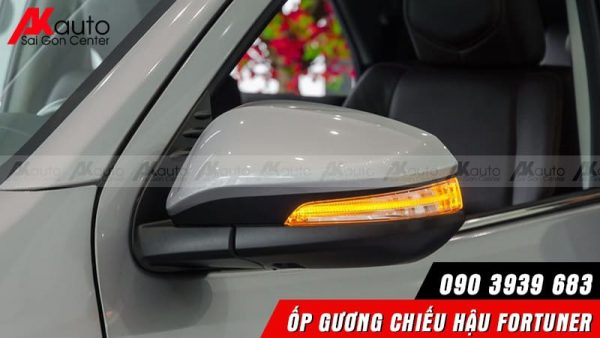 ốp gương chiếu hậu xe Fortuner ô tô