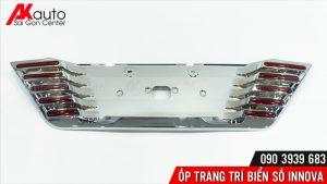 lắp ốp khung biển số xe innova hcm