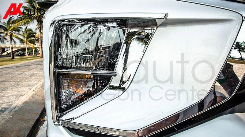 ốp viền đèn trước xe xpander