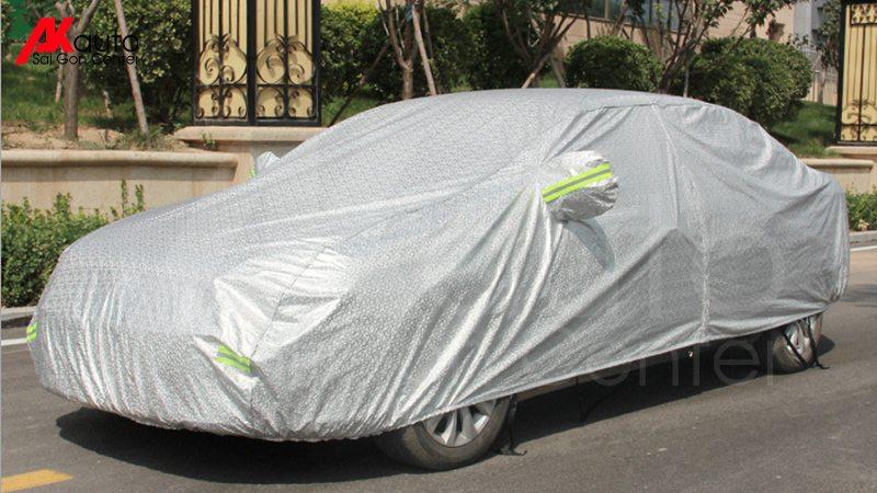 bật phủ chống nóng xe ô tô