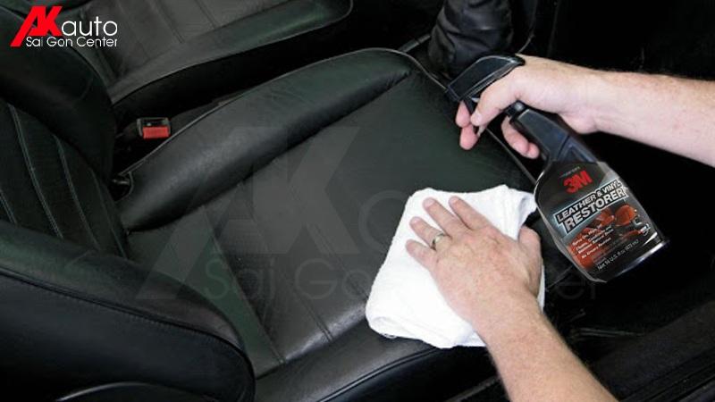 dung dịch vệ sinh ghế da ô tô