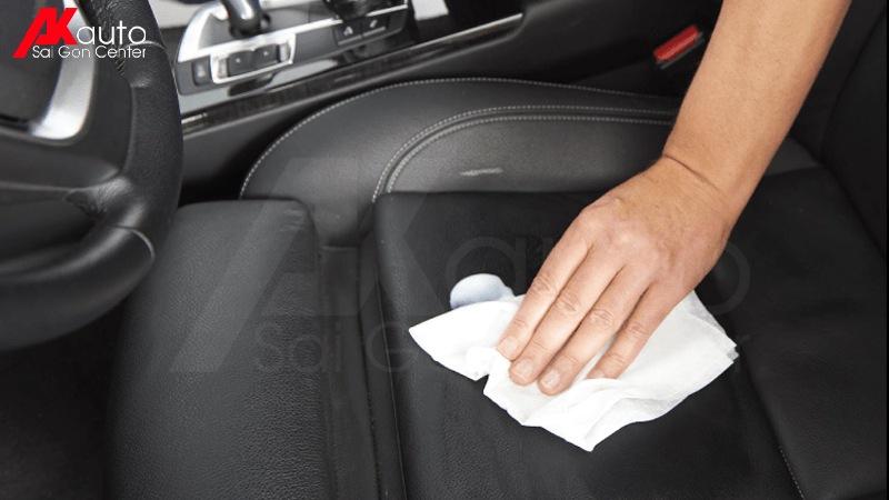 bảo dưỡng ghế da ô tô