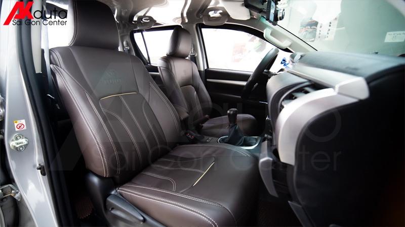 bọc ghế da ô tô màu nâu đen