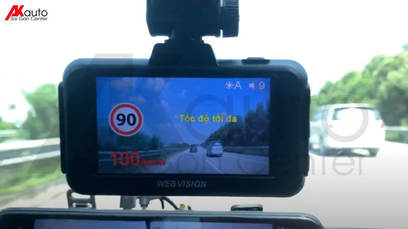 cảnh báo xe chạy quá tốc độ camera hành trình