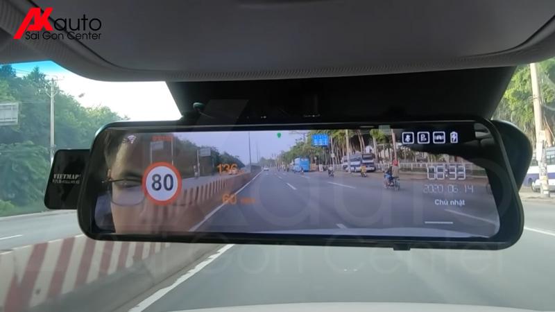 camera gương ô tô cảnh báo giao thông