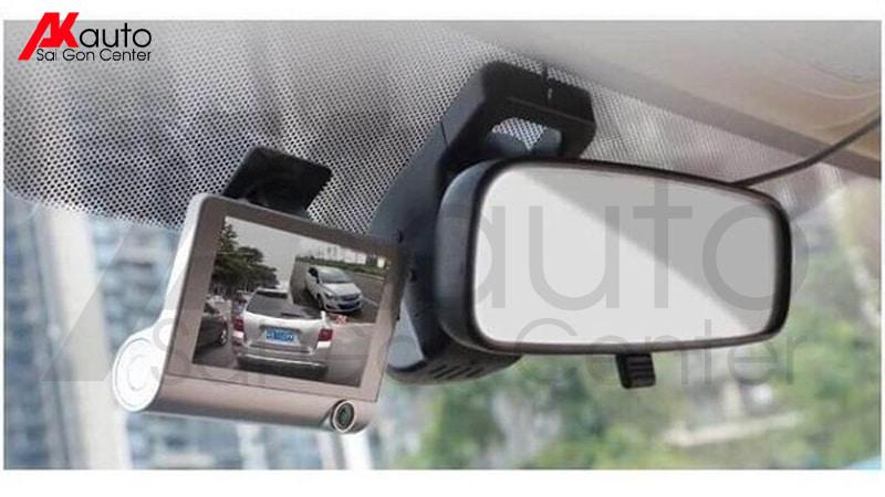 camera hành trình 3 trong một quay trong xe