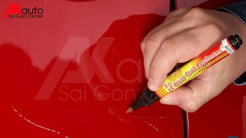 bút xóa xước xe ô tô